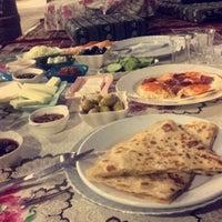 7/18/2017 tarihinde Nursuziyaretçi tarafından Hacı Anne'nin Yeri Gözleme ve Kahvaltı Evi'de çekilen fotoğraf