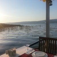 Photo taken at Sapanca Göl Evi Restaurant by Ayhan on 6/26/2013