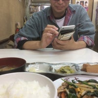 Photo taken at 餃子の店 冨士 by WORKSHOP KON K. on 6/4/2016
