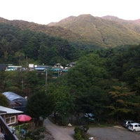 Photo taken at 치악산팬션 by Seol seon Y. on 10/6/2012
