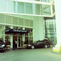 Photo taken at The Ritz-Carlton Jakarta Mega Kuningan by naning p. on 9/19/2012