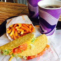 Photo taken at Taco Bell by Beastia L. on 4/16/2015