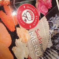 Photo taken at Sushi Flash by Simon on 2/8/2015