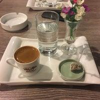12/7/2017 tarihinde Furkan Y.ziyaretçi tarafından Hünkar Kahvesi cafe&bistro'de çekilen fotoğraf