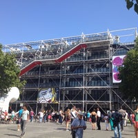 Photo taken at Place Georges Pompidou by Натали🍒 on 8/21/2013