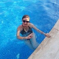 Photo taken at Ephesia Beach Havuz by Pınar on 6/28/2016