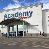 Photo taken at Academy Sports + Outdoors by Gezika on 9/8/2016