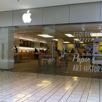 Photo taken at Apple Beverly Center by Stella B. on 7/23/2013