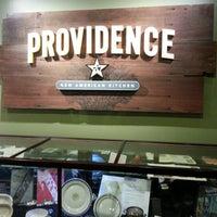 Foto tomada en Providence New American Kitchen por Tania W. el 1/1/2013