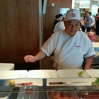 Foto tirada no(a) Sushi Dai por Ricardo N. em 12/26/2016