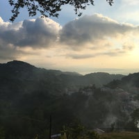 Photo taken at Yoroz by Esranur K. on 7/16/2017