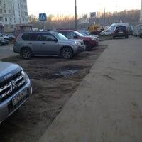Photo taken at Парковка Павшинский бульвар 5 by Андрей on 10/23/2013