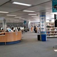 Foto tomada en Biblioteca Rector Gabriel Ferraté por Pantelis M. el 4/21/2015