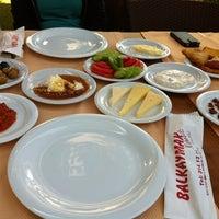 Photo taken at Balkaymak Kahvaltı Salonu by Ozan O. on 7/21/2013