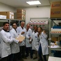 Photo taken at RIO FARMES- Farmácia Estadual de Medicamentos Especiais by Franciana R. on 6/3/2015