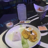 Photo taken at Divino Ceviche Peruvian Cuisine by Boris M. on 6/1/2016
