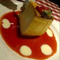 Photo taken at Italianni's Pasta, Pizza & Vino by Lu on 3/8/2013
