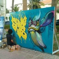 Photo taken at (الممشى (شارع فيصل بن فهد by Wadee3 D. on 1/19/2013