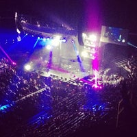 Foto tomada en STAPLES Center VIP SUITES  por Nonnie C. el 7/7/2013