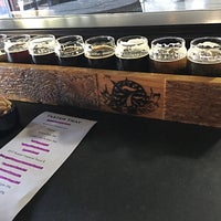 Photo taken at 7 Seas Brewing & Taproom by Geromy on 3/10/2018