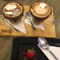 Foto tirada no(a) Origem Coffee Co. por Walquiria N. em 3/4/2018