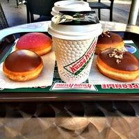 Снимок сделан в Krispy Kreme пользователем Ira . 6/12/2015