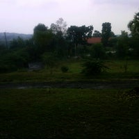 Photo taken at Mesjid Raya Jasinga by Shalahuddin A. on 2/23/2013