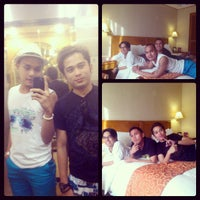 Photo taken at Richmonde Hotel Ortigas by Heber S. on 3/17/2013