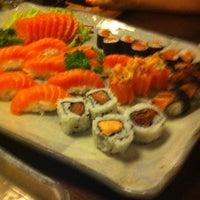 Foto tirada no(a) Ryuu Sushi Bar por Bruno em 1/16/2013