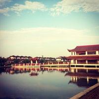 Photo taken at Friendship Park (Taman Sahabat) (馬中公園) by Abs A. Iman on 10/5/2013