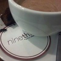 Das Foto wurde bei Nine Thirty by Awfully Chocolate von Nicole V. am 2/2/2013 aufgenommen
