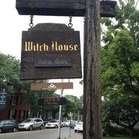 Das Foto wurde bei Witch House von Shawn T. am 6/27/2013 aufgenommen