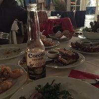 3/17/2015 tarihinde Nurdanziyaretçi tarafından Hilmi Restaurant'de çekilen fotoğraf