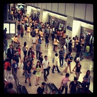 Photo taken at Serangoon MRT Interchange (NE12/CC13) by @justbeingarlyn on 5/11/2013