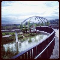 Foto tirada no(a) Jewel Bridge por @justbeingarlyn em 11/16/2013