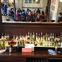 4/7/2013 tarihinde Dane S.ziyaretçi tarafından Lula Café'de çekilen fotoğraf