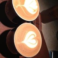 7/20/2013 tarihinde Kıbrısziyaretçi tarafından Gloria Jean's Coffees'de çekilen fotoğraf