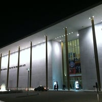Foto tirada no(a) The John F. Kennedy Center for the Performing Arts por Michael W. em 12/28/2012
