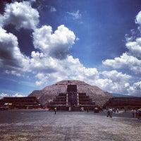 Foto tomada en Zona Arqueológica de Teotihuacán por Fernando M. el 7/10/2013