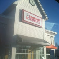Photo taken at Dunkin' Donuts by Brien on 3/17/2013
