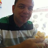 Foto diambil di Cafeteria e doceria marshmallow oleh Daniele Dias pada 1/19/2013
