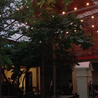 Foto tomada en Casa Oaxaca Cafe por Sylvia A. el 10/20/2013