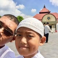 Photo taken at Masjid Gedhe Kauman by Yopie P. on 6/1/2018