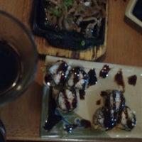 Foto tirada no(a) Maru Sushi por Eduardo Q. em 4/27/2017