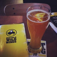 Photo taken at Buffalo Wild Wings by Gerardo R. on 3/14/2014