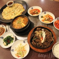 Photo taken at Auntie Kim's Korean Restaurant by Swiss Tiara S. on 5/29/2017