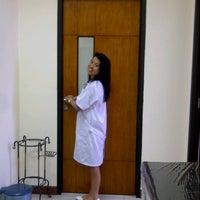 Photo taken at Fakultas Kedokteran by Putu I. on 12/12/2012