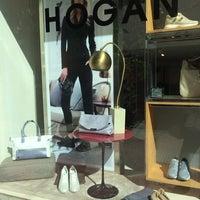 Foto diambil di Hogan oleh Linda pada 2/17/2014