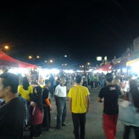 Photo taken at Uptown Perda Night Market by Zainol A. on 6/1/2013