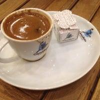 10/19/2013 tarihinde Baharziyaretçi tarafından Caribou Coffee'de çekilen fotoğraf